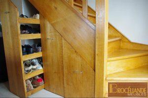 Aménagement dessous d'escalier